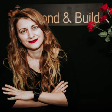 Eu sunt Alexandra Hustiu Bibire